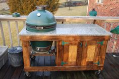 How to build Large Big Green Egg Table Plans PDF woodworking plans Large big green egg table plans I plan on building this table and will start gathering the material Greelg 4 The egg table is made out Big Green Egg Smoker, Big Green Egg Table, Big Green Egg Grill, Green Eggs And Ham, Big Green Egg Outdoor Kitchen, Outdoor Kitchen Patio, Outdoor Kitchen Countertops, Barbacoa, Bbq Stand