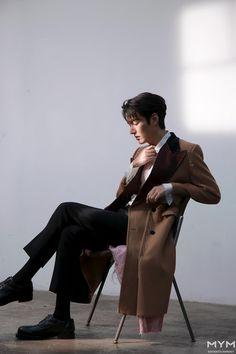 Lee Dong Wook, Lee Jong Suk, Asian Actors, Korean Actors, Lee Min Ho Wallpaper Iphone, Dramas, Lee Minh Ho, Lee Min Ho Photos, Hot Korean Guys