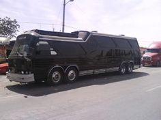 sultana bus