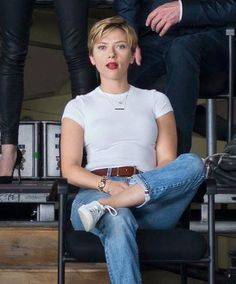 scarlett johansson outfits best outfits - Page 10 of 101 - Celebrity Style and Fashion Trends Scarlett Johansson, Black Widow Scarlett, Black Widow Natasha, Black Widow Avengers, Casual, Celebs, Celebrities, Hottest Models, Blue Jeans
