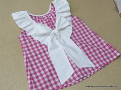 Not English but one I want to try Sewing Kids Clothes, Sewing For Kids, Baby Sewing, Doll Clothes, Baby Dress Tutorials, Baby Dress Patterns, Dressmaking Course, Toddler Fashion, Kids Fashion