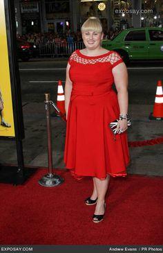 Love her, love the dress! Rebel Wilson.