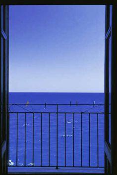 Fenêtre ouverte sur la mer | Blick aus dem Fenster, Pension, Meerblick