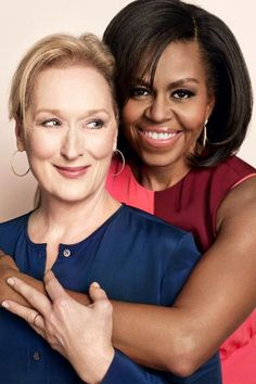 First Lady Michelle Obama and actress Meryl Streep discuss raising daughters in a world that can be tough on girls.How Michelle Obama & Meryl Streep have raised strong, confident daughters Meryl Streep, Michelle Obama, Divas, Amazing Women, Beautiful Women, Presidente Obama, Barack Obama Family, First Ladies, Iconic Women
