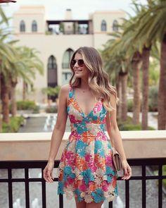 """""""É muito amor por um vestido!  @unicas_store • #marrakech #lookdodia #unicasbyarianecanovas #blogtrendalert"""""""