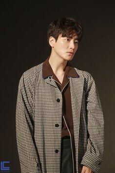 Lee Joon, Joon Hyuk, Poem A Day, Korean Drama Movies, City Hunter, Drama Korea, Japanese Men, Asian Actors, Asian Boys