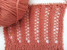 Gestrickte Lochmuster sind der Sommerhit! Unser Lochmuster sieht komplizierter aus als es ist. Lochmuster stricken für Schals, Sommerpullis oder Boleros.