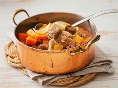 Hirvipaisti Wild Game Recipes, Pot Roast, Turkey, Favorite Recipes, Chicken, Ethnic Recipes, Food, Elk, Finland