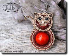 what a lovely cat Soutache Pattern, Soutache Tutorial, Soutache Pendant, Soutache Necklace, Cat Jewelry, Resin Jewelry, Diy Collier, Butterfly Jewelry, Beaded Animals