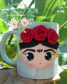 Cute Polymer Clay, Polymer Clay Dolls, Polymer Clay Charms, Polymer Clay Projects, Polymer Clay Creations, Clay Crafts, Diy And Crafts, Cute Mug, Mexican Crafts