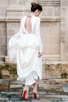 Fernando Claro (this is the designer's daughter, he custom-made this dress for her)
