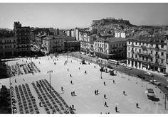 Δημήτρης Χαρισιάδης, Πλατεία Συντάγματος, Αθήνα 1956
