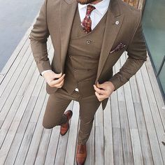 Likes, 16 Comments - Men's Fashion Designer Suits For Men, Designer Clothes For Men, Mens Fashion Suits, Mens Suits, Modern Suits, Blazers For Men, Mens Clothing Styles, Wedding Suits, Business Fashion