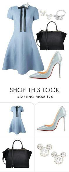 Valentino, Christian Louboutin, Fendi, Gucci and Disney. Work Fashion, Fashion Looks, Fashion Outfits, Womens Fashion, Fashion Trends, Fashion Fashion, Fashion News, Runway Fashion, Style Work
