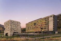 Economics and Business Faculty, Diego Portales University by Duque Motta & AA and RHGH