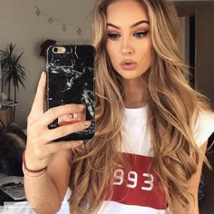 Europe and the United States 2018 celebrity style new print short sleeve top tshirt loose thin student coat female tide Super T-shirt Casual letters printed i Letter Print Hair Color Balayage, Ombre Hair, Hair Inspo, Hair Inspiration, Curly Hair Styles, Natural Hair Styles, Blonde Hair Looks, Hair Shades, Vogue