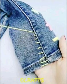 Sewing Basics, Sewing Tips, Sewing Hacks, Sewing Tutorials, Sewing Jeans, Sewing Clothes, Diy Clothes, How To Taper Jeans, Diy Bags Jeans