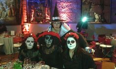 Fiesta de disfraces Europamundo Madrid, Halloween Face Makeup, Costumes, Party