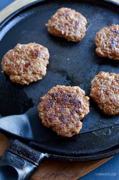 Start your morning with these amazing homemade Syn Free Pork Sausage Breakfast Patties, super easy to make with a delicious taste. Sausage is one of my favourite additions to my plate for breakfast and it's Slimming World Pork Recipes, Slimming World Snacks, Slimming World Breakfast, Slimming Eats, Other Recipes, My Recipes, Cooking Recipes, Whole30 Recipes, Lunch Recipes