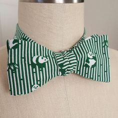 Love Pandas? Support animal preservation? Here's a bow tie for you 😊