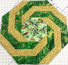 Spirals Table Toppers & Place Mat Pattern by Designs To Share With You at Creative Quilt Kits Quilt Kits, Quilt Blocks, Patchwork Tutorial, Quilted Table Toppers, Table Runners, Quilt Patterns, Free Pattern, Projects To Try, Kids Rugs