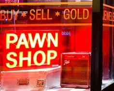 Dusk Til Pawn - bar