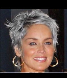 Latest Short Hairstyles, Short Hairstyles For Thick Hair, Short Grey Hair, Short Hair With Layers, Short Hair Cuts For Women, Curly Hair Styles, Prom Hairstyles, Grey Hair Hairstyles, Short Haircuts