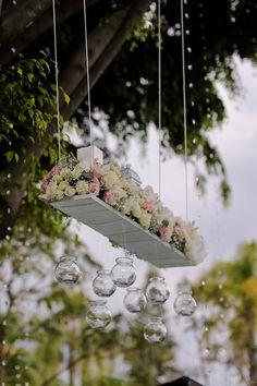 Arreglo de flores #bodas #blooming #amor #specialday #flores #anticavilla