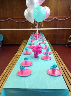 Poppy themed party idea - Easy to do blue and pink color scheme for table setup.