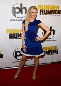 Holly Madison Photos: 'Runner Runner' Premieres in Las Vegas — Part 2 - Celebrity Fashion Trends