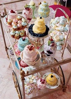 so pretty for a tea party!
