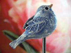 Plant & garden plug – bird, blue structured 2 – a designer piece … – Air Dry Clay Clay Birds, Ceramic Birds, Ceramic Animals, Clay Animals, Ceramic Clay, Hand Built Pottery, Slab Pottery, Ceramic Pottery, Pottery Art