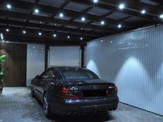 Elegante und effektvolle Beleuchtung für einen Carport