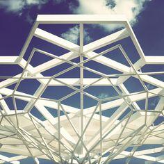 Turkish Pavilion at Expo 2015 in Milano, Italy. Architect: Genius Loci Architettura. Source: behance.net .