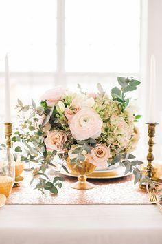 pink rose centerpiece - photo by Sarah Houston Photography http://ruffledblog.com/charlottesville-glam-wedding-editorial