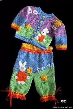 Baby crochet sweater boy colour 26 ideas for 2019 Knitting For Kids, Baby Knitting Patterns, Baby Patterns, Crochet Patterns, Knit Or Crochet, Crochet For Kids, Crochet Sweaters, Crochet Art, Crochet Flowers