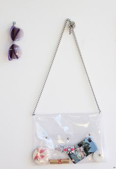 Une touche de rose: blog mode, DIY, cuisine, beauté: Le sac transparent à strass :: DIY
