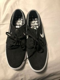 7adffed2d Nike Zoom SB Stefan Janoski Men s Size Black White New with box. Carmelita  Salter · Athletic Shoes