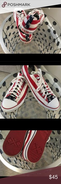 Converse Men's American Flag Great condition, American flag print Converse Shoes Sneakers