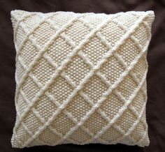Classic Trellis Design Aran Cushion Cover - Cream.