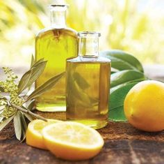 Aromatherapy Guide: How to Use Essential Oils for Your Well-Being.Discover the best carrier oils, how to use essential oils to diminish stress, boost energy and more with this guide to aromatherapy. Lemon Essential Oils, Essential Oil Uses, Young Living Essential Oils, Pure Essential, The Cure, Herbal Remedies, Natural Remedies, Hair Remedies, Aromatherapy