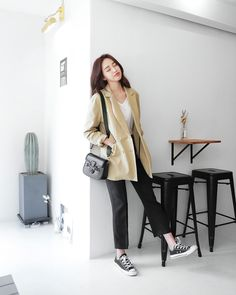 Blazer Outfits Casual, Casual Hijab Outfit, Cute Casual Outfits, Simple Outfits, Kpop Fashion Outfits, Winter Fashion Outfits, Korean Outfits, Asian Fashion, Girl Fashion