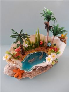 Garden Decor 'Clamshell Paradise' - - by @ Sea Crafts, Resin Crafts, Diy And Crafts, Miniature Beach Scene, Miniature Fairy Gardens, Seashell Art, Seashell Crafts, Beach Fairy Garden, Deco Nature