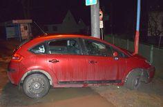 Alkoholom riadne posilnená Mária si sadla za volant. Jej riskantná jazda skončila v stĺpe miestneho rozhlasu v Plevníku-Drienovom. Monitor, Vehicles, Car, Automobile, Autos, Cars, Vehicle, Tools