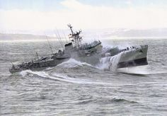 Big Sea, Us Navy Ships, Navy Life, Stormy Sea, Aircraft Carrier, Royal Navy, Water Crafts, Battleship, Great Pictures