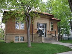 The Armour Carnegie Library hosted an open house on August 1 to celebrate their 100th anniversary. #SDSLCornerstone