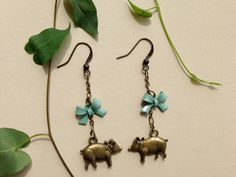Pigs on the farm earrings brass with robins by thefrolickingfrog, $14.75
