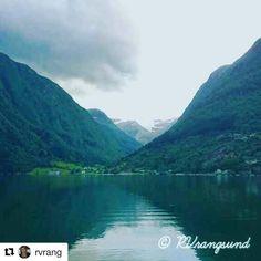 God morgen. #reiseliv #reisetips #reiseblogger #reiseråd  #Repost @rvrang (@get_repost)  Utsikt til Folgefonna