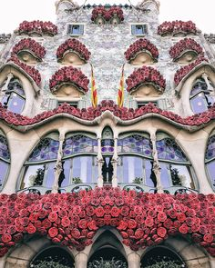 21 Awesome Barcelona Instagram Accounts to Follow | Barcelona Travel Inspiration | Where to Go in Barcelona | Most Instagrammable Spots in Barcelona | Best Photography Spots in Barcelona | Instagram Accounts to Follow | Barcelona Travel Tips