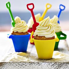 4 Bucket and Spade Silicone Moulds (luau party desserts hawaiian cupcakes) Luau Party Desserts, Party Cakes, Luau Birthday Cakes, Birthday Ideas, Summer Birthday, Birthday Stuff, 3rd Birthday, Birthday Parties, Summer Cupcakes